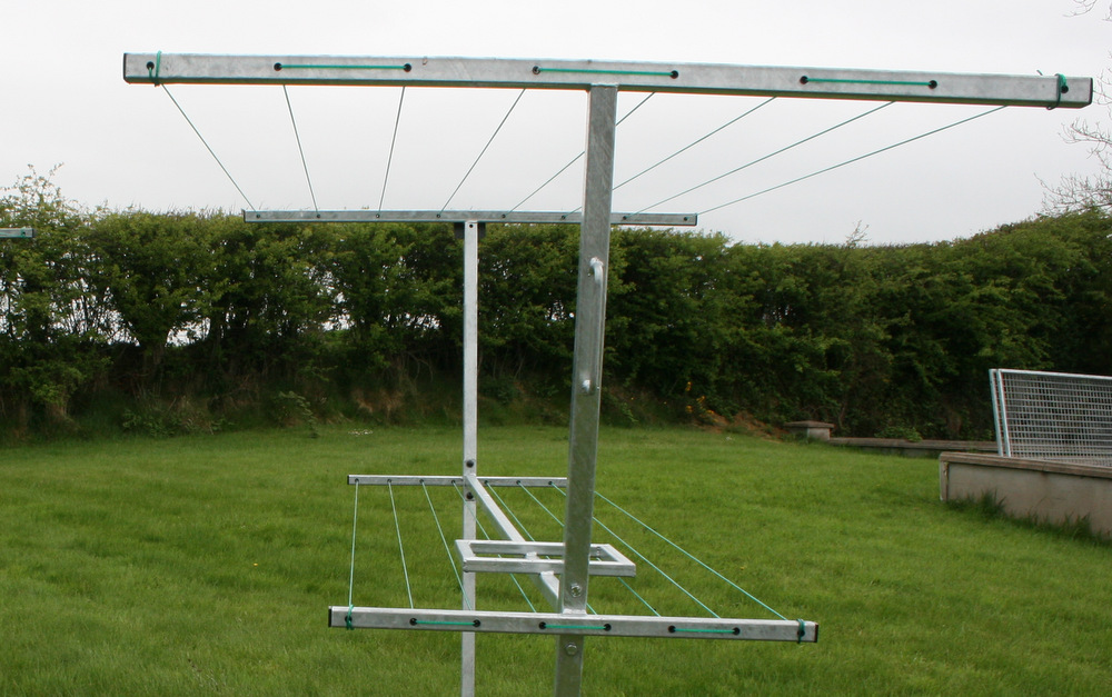 Mobile Clothes Lines on lean to sheds and outdoor buildings